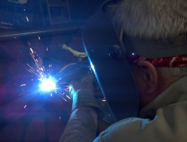 Tony welding up close-ADVANCE_FABRICATION